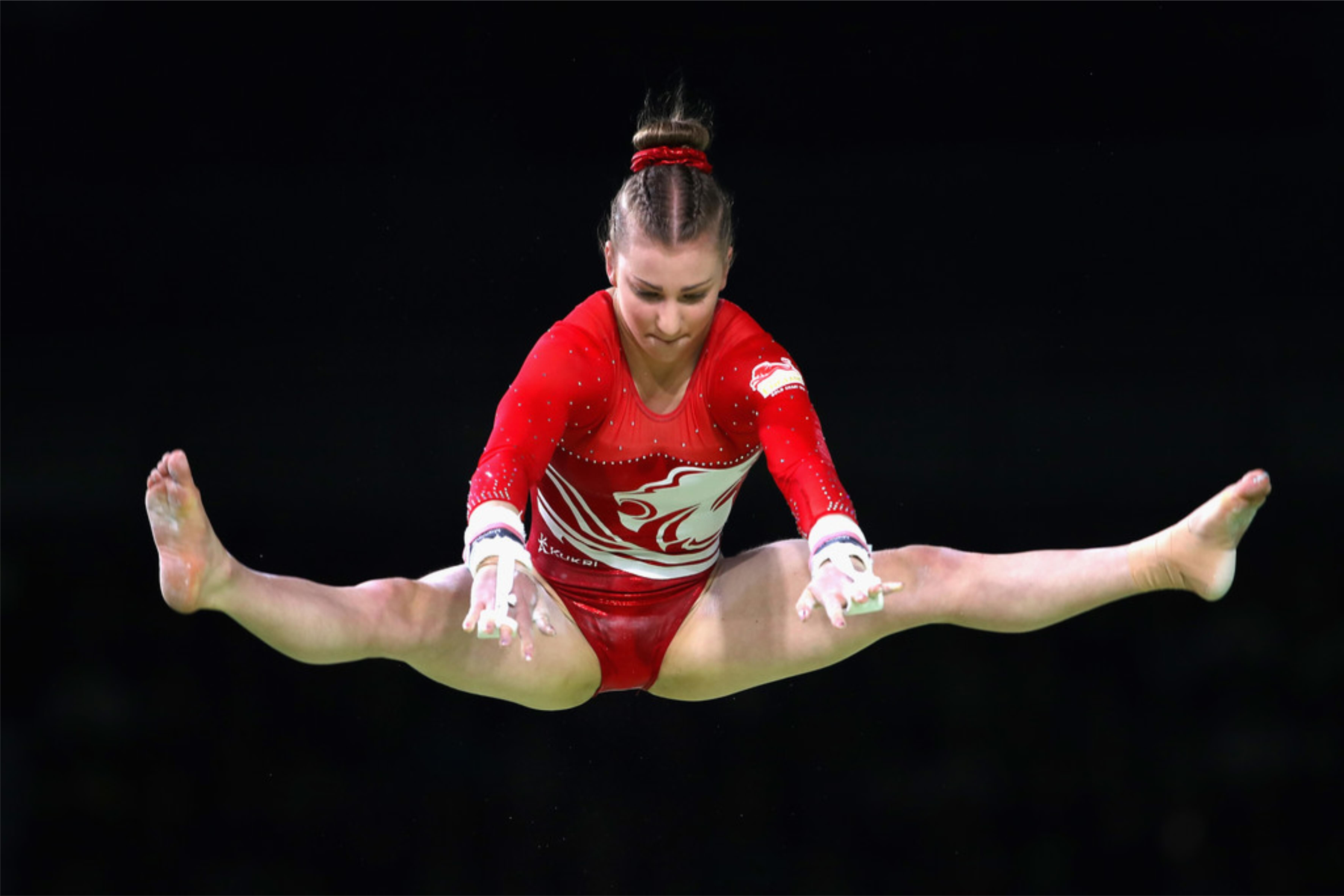 An image of Kelly Simm in the air